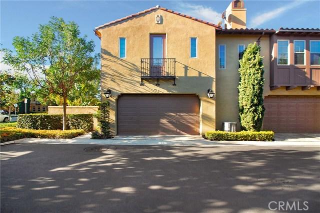 95 Chantilly, Irvine CA: http://media.crmls.org/medias/a48c30f1-a4a1-47ea-b60f-a954a2dccde3.jpg