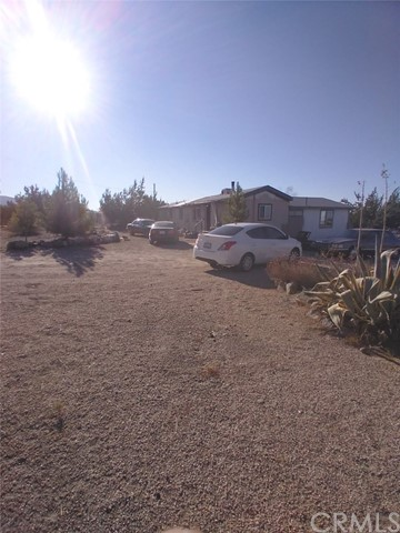 2833 White Fox ,Pinon Hills,CA 92372, USA