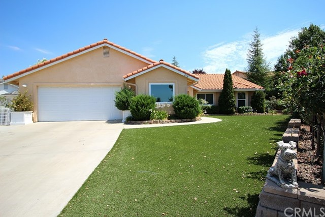 204 Cardinal Way, Paso Robles, CA 93446