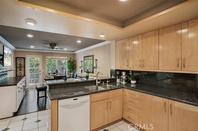 836 S Amber Lane, Anaheim Hills CA: http://media.crmls.org/medias/a49eac50-55ec-4291-beae-11b034a4d28b.jpg