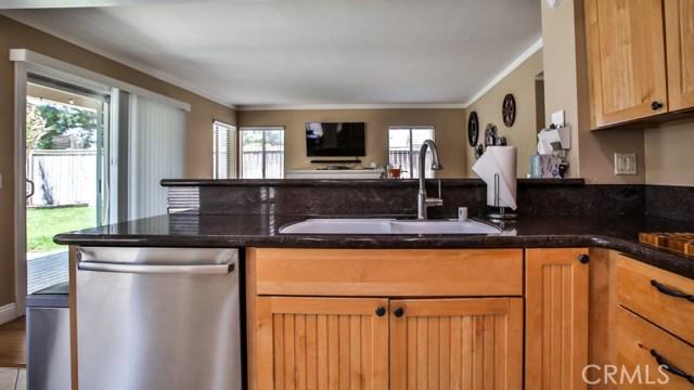 3580 Copper Ridge Drive, Corona CA: http://media.crmls.org/medias/a4b9dfed-e9a1-4dbe-9bfb-f526c1245c08.jpg