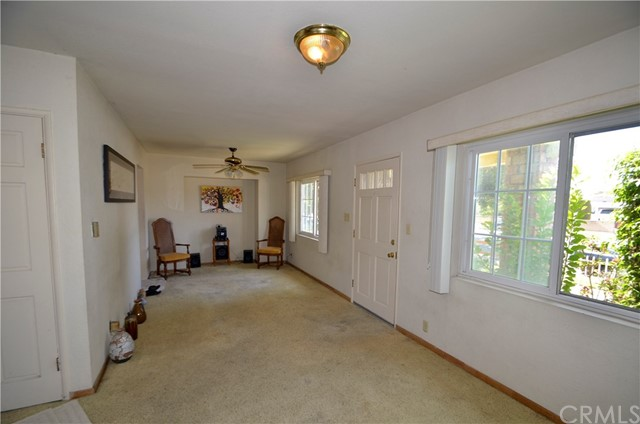 2811 Rodeo Rd, Los Angeles, CA 90018 Photo 1