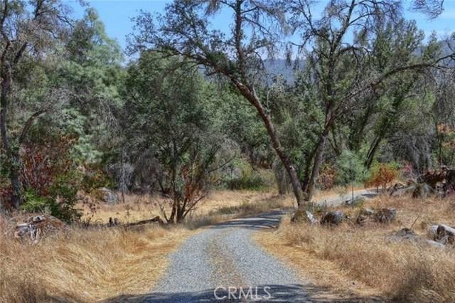 2374 Green Hills Road, Mariposa CA: http://media.crmls.org/medias/a4bfcb0a-7225-453c-beef-a3ecce604ee2.jpg