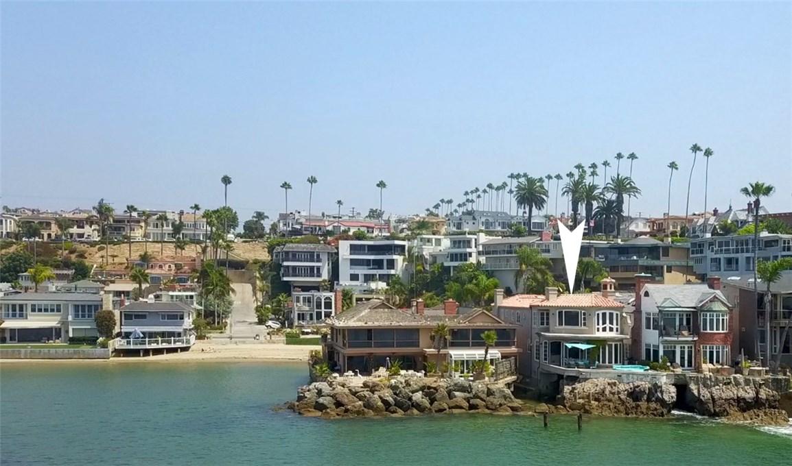 2717 Shell Street, Corona del Mar CA: http://media.crmls.org/medias/a4c25c5c-7f6a-4d4e-b4cd-73d3491a390e.jpg