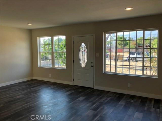 2281 W 2nd Avenue, San Bernardino CA: http://media.crmls.org/medias/a4d35f3b-b0b9-4280-a861-ed3788218740.jpg