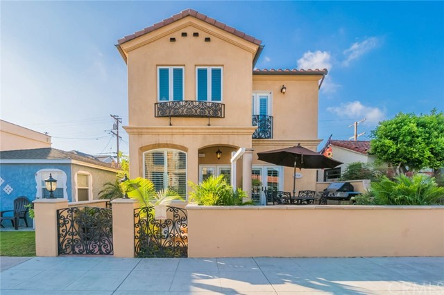 5728 Campo Walk Long Beach, CA 90803 - MLS #: PW17253231