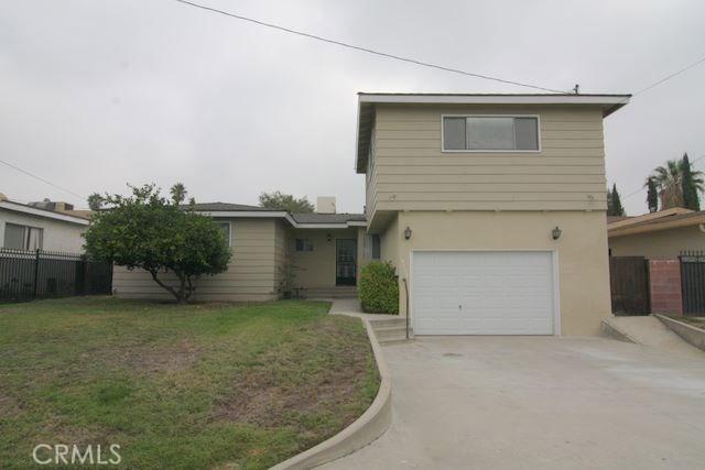 8008 Bellaire Avenue, North Hollywood CA: http://media.crmls.org/medias/a4de7b43-037a-48f6-9d30-807f5db71902.jpg