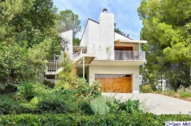 4329 Ensenada Drive, Woodland Hills CA 91364