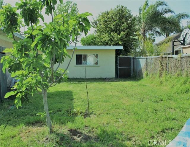 واحد منزل الأسرة للـ Sale في 6702 Toler Avenue 6702 Toler Avenue Bell Gardens, California 90201 United States