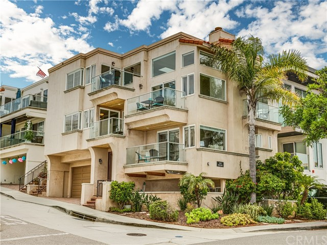 3020 Highland Ave, Manhattan Beach, CA 90266
