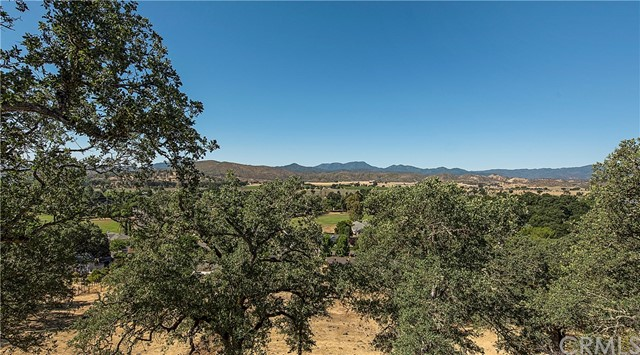 21068 Powder Horn Road Hidden Valley Lake, CA 95467 - MLS #: LC18159254