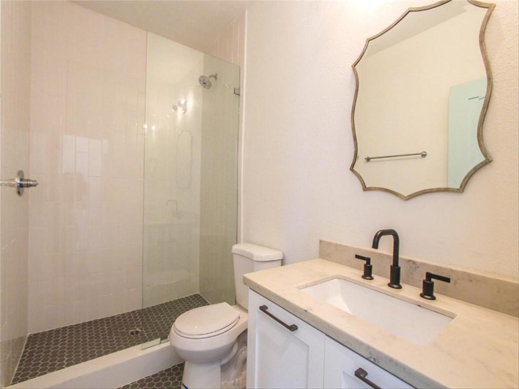 5335 S Victoria Avenue Los Angeles, CA 90043 - MLS #: WS18193938