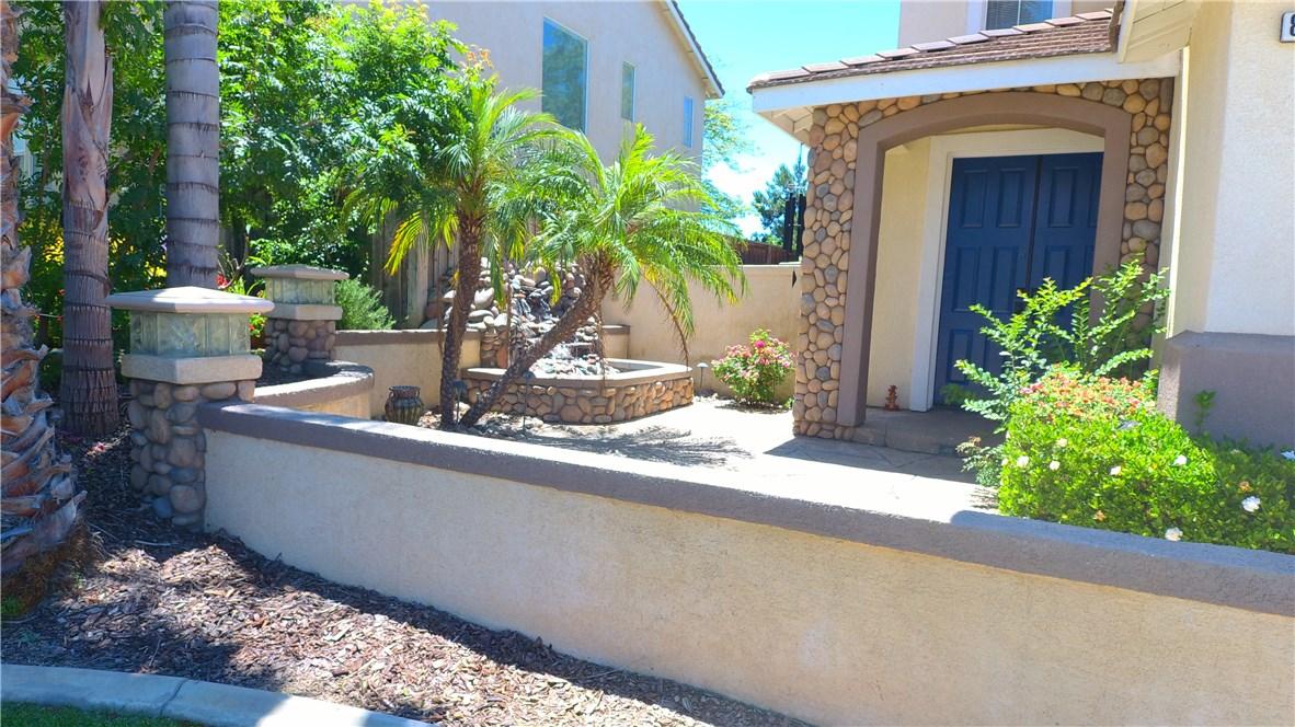8371 Attica Drive, Riverside CA: http://media.crmls.org/medias/a51fd942-09c4-47f1-8b6d-451f9fe80b39.jpg