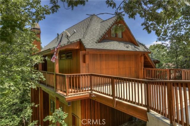 27537 W Shore Road, Lake Arrowhead CA: http://media.crmls.org/medias/a527b563-c7a9-481c-a069-23bb73b2e523.jpg