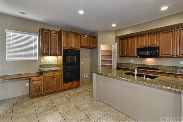 15061 Bluffside Lane Victorville, CA 92394 - MLS #: PW17162510