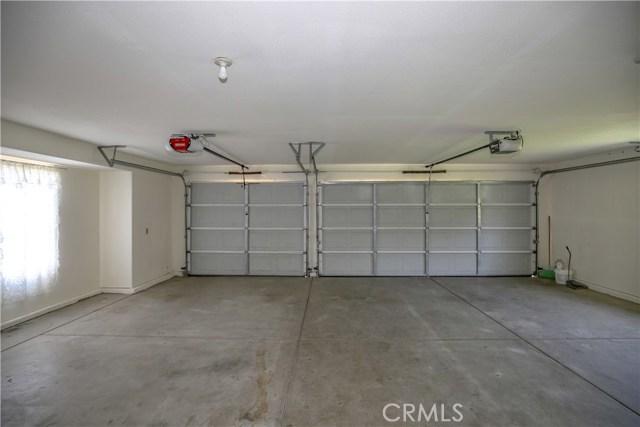 5370 Alberta Drive, Atwater CA: http://media.crmls.org/medias/a52ba88a-dd0f-4f30-a929-c9f61bd74874.jpg