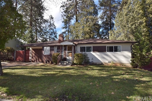 Single Family Home for Sale at 309 Discovery Street Yreka, California 96097 United States