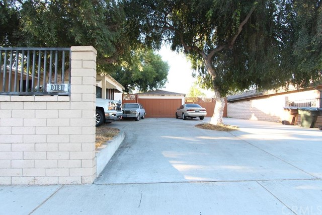 10181 Trask Avenue Garden Grove, CA 92843 is listed for sale as MLS Listing PW16182445