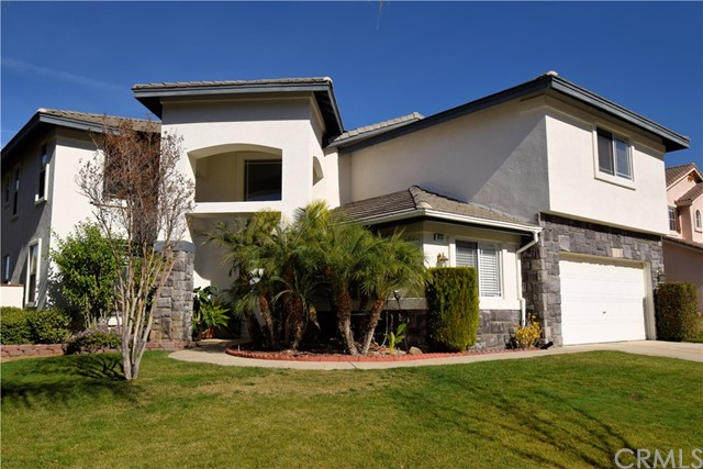 Photo of home for sale at 925 Shepard Crest Drive, Corona CA