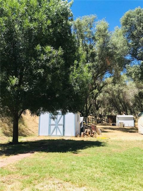2764 Buck Pass Road, Mariposa CA: http://media.crmls.org/medias/a5437f87-79b8-4544-8730-1c458046acd1.jpg
