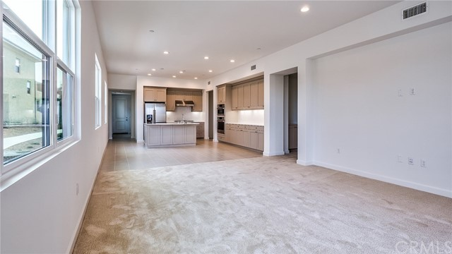 185 Follyhatch, Irvine, CA 92618 Photo 5