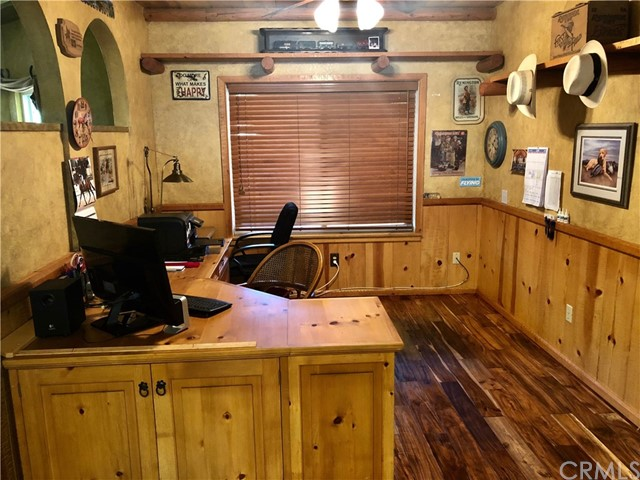 5537 Deer Creek Lane, Rancho Cucamonga CA: http://media.crmls.org/medias/a54944e1-1b27-4514-bf68-a0e0e4308662.jpg
