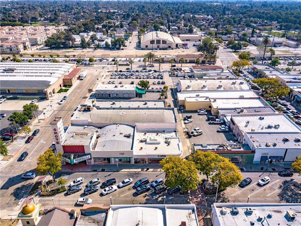 274 E 9th Street, Upland CA: http://media.crmls.org/medias/a54f6e34-20ef-481e-b81f-a112b2e7a384.jpg