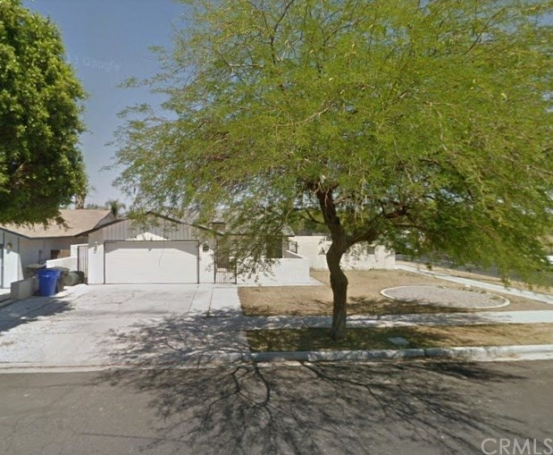 Single Family Home for Sale at 103 22nd Street N El Centro, California 92243 United States