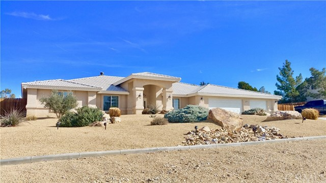 14701 Kokomo Road, Apple Valley, CA, 92307