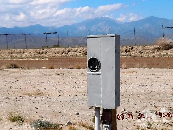 0 Bald Eagle Lane, Desert Hot Springs CA: http://media.crmls.org/medias/a5592e84-4873-463d-9669-c0e813af52c4.jpg