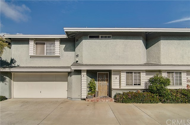 2652 Santa Ana Avenue Unit D Costa Mesa, CA 92627 - MLS #: NP18019557