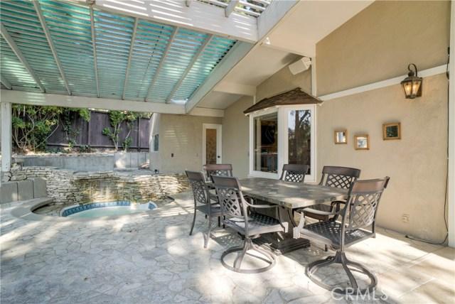 18 Ranchview Road, Rolling Hills Estates CA: http://media.crmls.org/medias/a562eb15-b5b4-449e-9d2e-8b7948650786.jpg