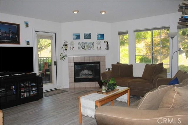 18543 Caminito Pasadero, Rancho Bernardo (San Diego) CA: http://media.crmls.org/medias/a56bab12-ab63-4d78-8e3a-41c15df0ec04.jpg