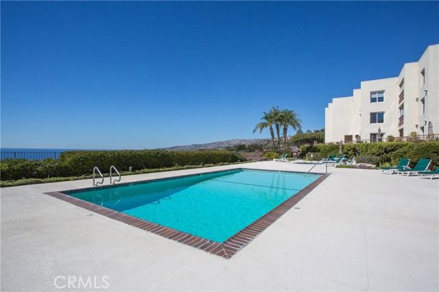 3200 La Rotonda Drive, Rancho Palos Verdes CA: http://media.crmls.org/medias/a5726bfe-511a-4d1d-9fe4-fa5495b4b3bf.jpg