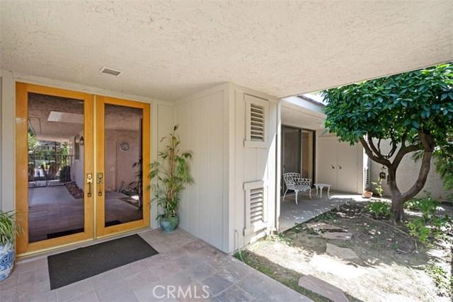 42 Lafayette Drive, Rancho Mirage CA: http://media.crmls.org/medias/a5930abf-e4e6-40a4-b95b-9fc4379b09c9.jpg