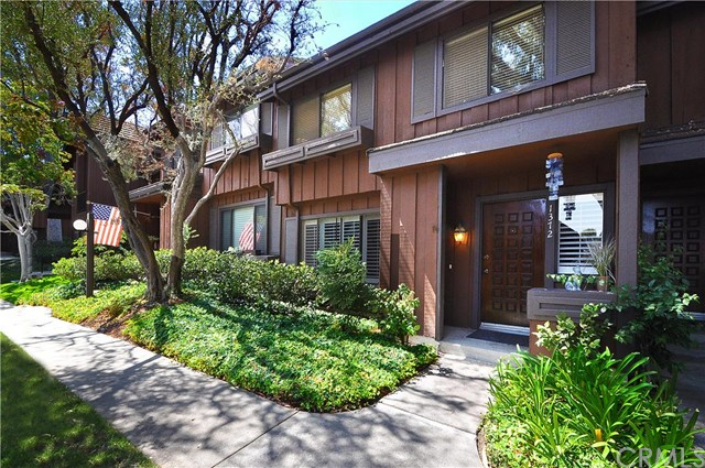 1372 Stonewood Court San Pedro, CA 90732 is listed for sale as MLS Listing PV16196781