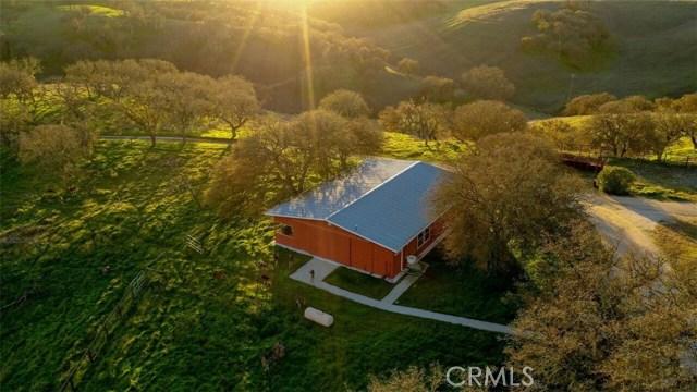 7830 Blue Moon Road, Paso Robles CA: http://media.crmls.org/medias/a5c5ada8-1605-45eb-b76d-4d79c299c0ba.jpg