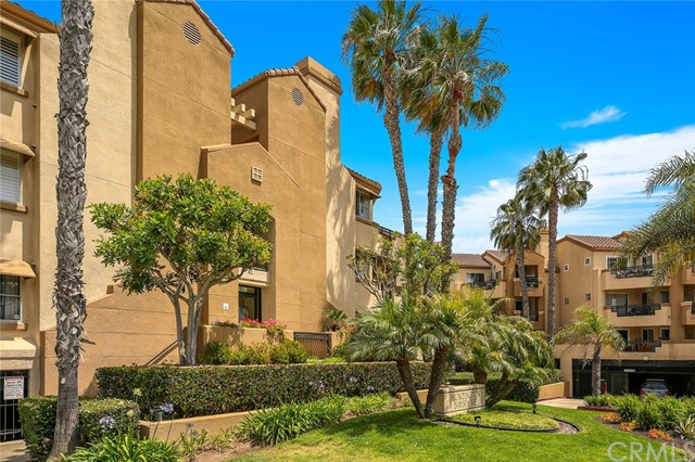 Huntington Beach, CA 1 Bedroom Home For Sale