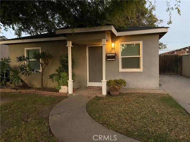 18416 Horst Avenue, Artesia CA: http://media.crmls.org/medias/a5d97805-a1c1-4f42-b8f2-40692e6d3a1b.jpg