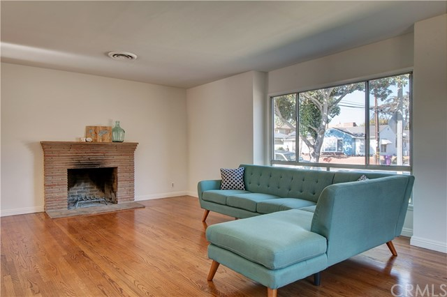 430 E Bixby Rd, Long Beach, CA 90807 Photo 3