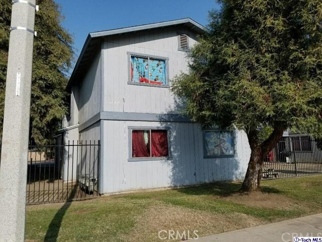 630 E Houston Avenue, Visalia CA: http://media.crmls.org/medias/a5fbf997-7bfd-4cd4-bcd4-0c51407d67a3.jpg
