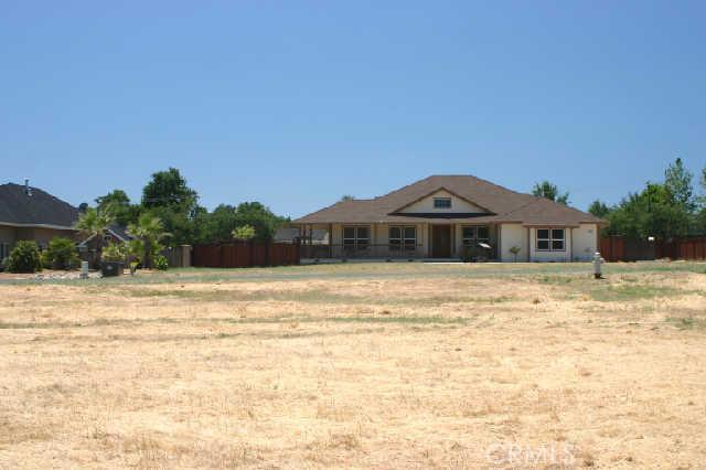 1200 Oak Park Way, Lakeport CA: http://media.crmls.org/medias/a5fd7bdf-8735-4bfe-9959-6f3fa7a3e198.jpg