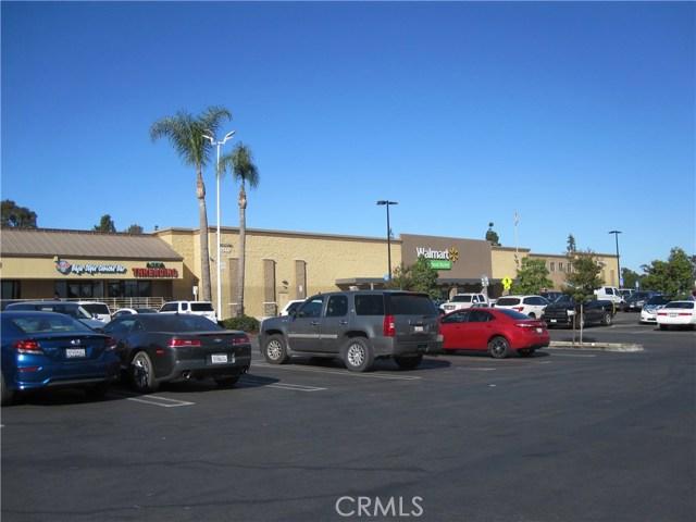 1530 W 6th Street, Corona CA: http://media.crmls.org/medias/a601126f-940a-4015-b923-dcb6d020ff1b.jpg