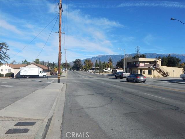 975 Beaumont Avenue, Beaumont CA: http://media.crmls.org/medias/a6023c60-e860-401a-8d61-fdaa8a716823.jpg