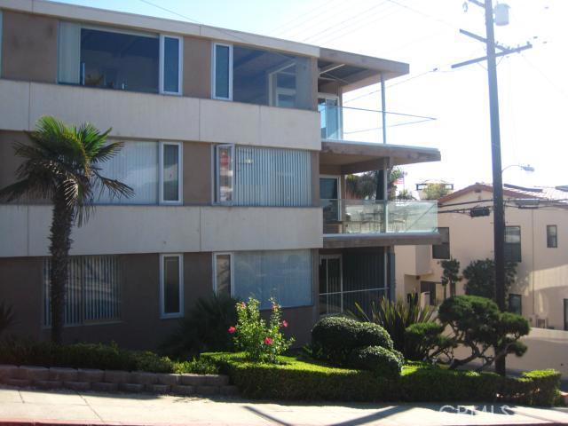 128 19th St., Hermosa Beach, CA 90254