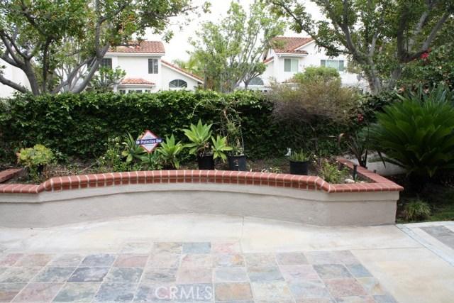 20 Del Azul, Irvine CA: http://media.crmls.org/medias/a6097943-9e77-42ad-a92a-d4aa13320ddc.jpg
