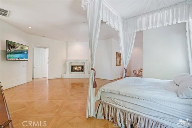 31 Victoria Falls Drive, Rancho Mirage CA: http://media.crmls.org/medias/a60af446-cb47-452a-bb05-c93c045e0960.jpg