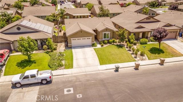 9019 Cadbury Drive, Bakersfield CA: http://media.crmls.org/medias/a6171604-57b9-4d88-a924-2a4694213d30.jpg