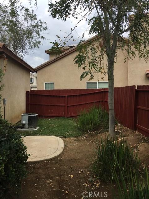 1147 Desert Fox Court, Beaumont CA: http://media.crmls.org/medias/a618277d-bb46-4c95-a862-ecdb877b5d2a.jpg