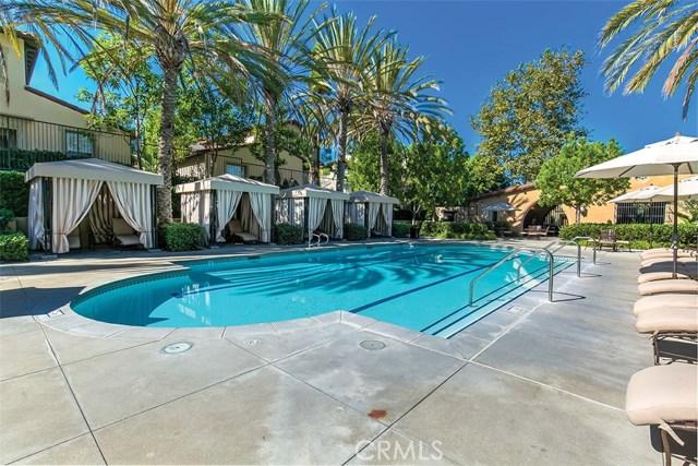 40 Gardenpath, Irvine CA: http://media.crmls.org/medias/a618783f-5c48-4a9a-adff-367455fe21e3.jpg
